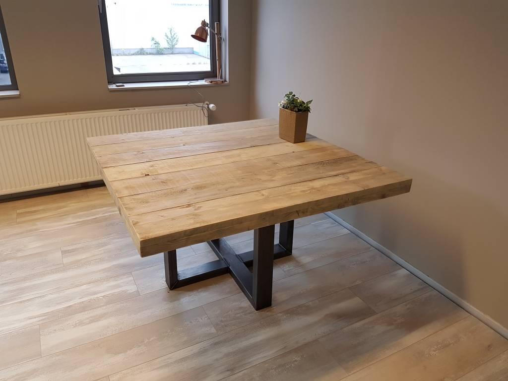 Vierkante Eettafel 150x150 Cm.Vierkante Eettafel Met Stalen Frame