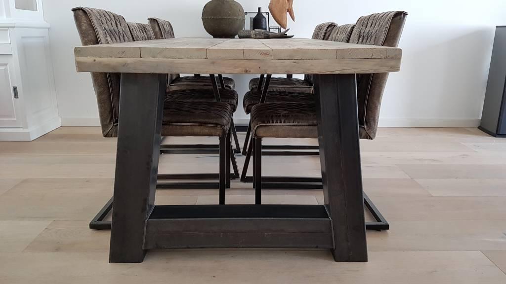 Eettafel Met Robuust Blad.Robuuste Steigerhouten Eettafel Stalen A Frame Firma Hout Staal