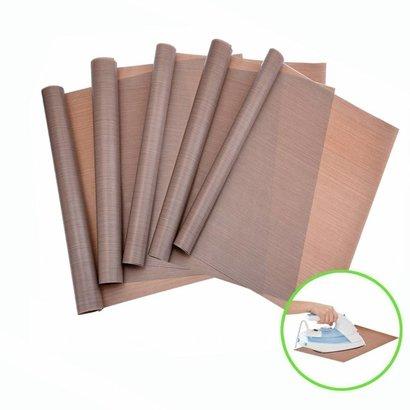 Pritogo Pritogo Dauerbackfolie, Backpapier, Backfolie, Backunterlage, Silikonmatte (4er Set), 35 x 42 cm (Blechgröße), ohne Fett und Öl, zuschneidbar, spülmaschinenfest, antihaftbeschichtet