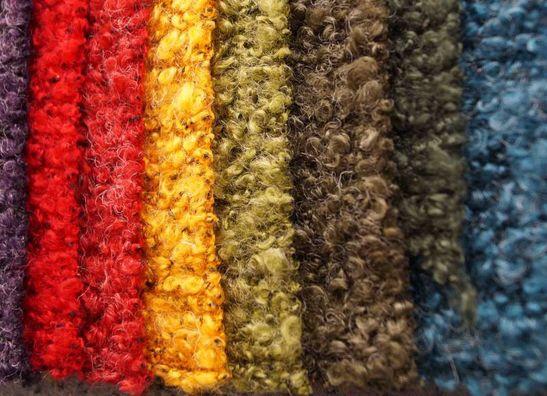 Strickwaren und Gekochte Wolle