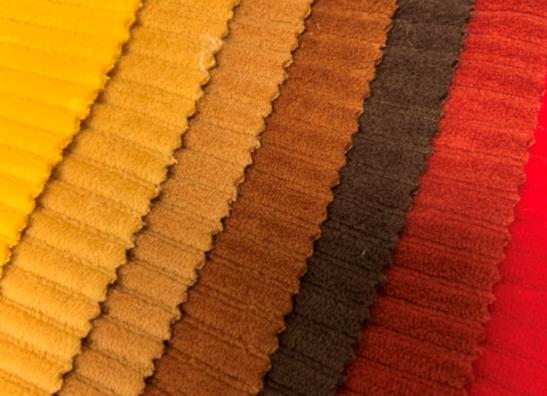 Velours côtelé tricoté uni
