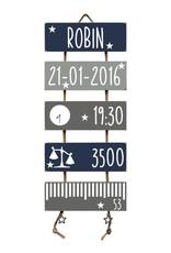 Kraamcadeau Geboorteladder Robin donkerblauw/grijs