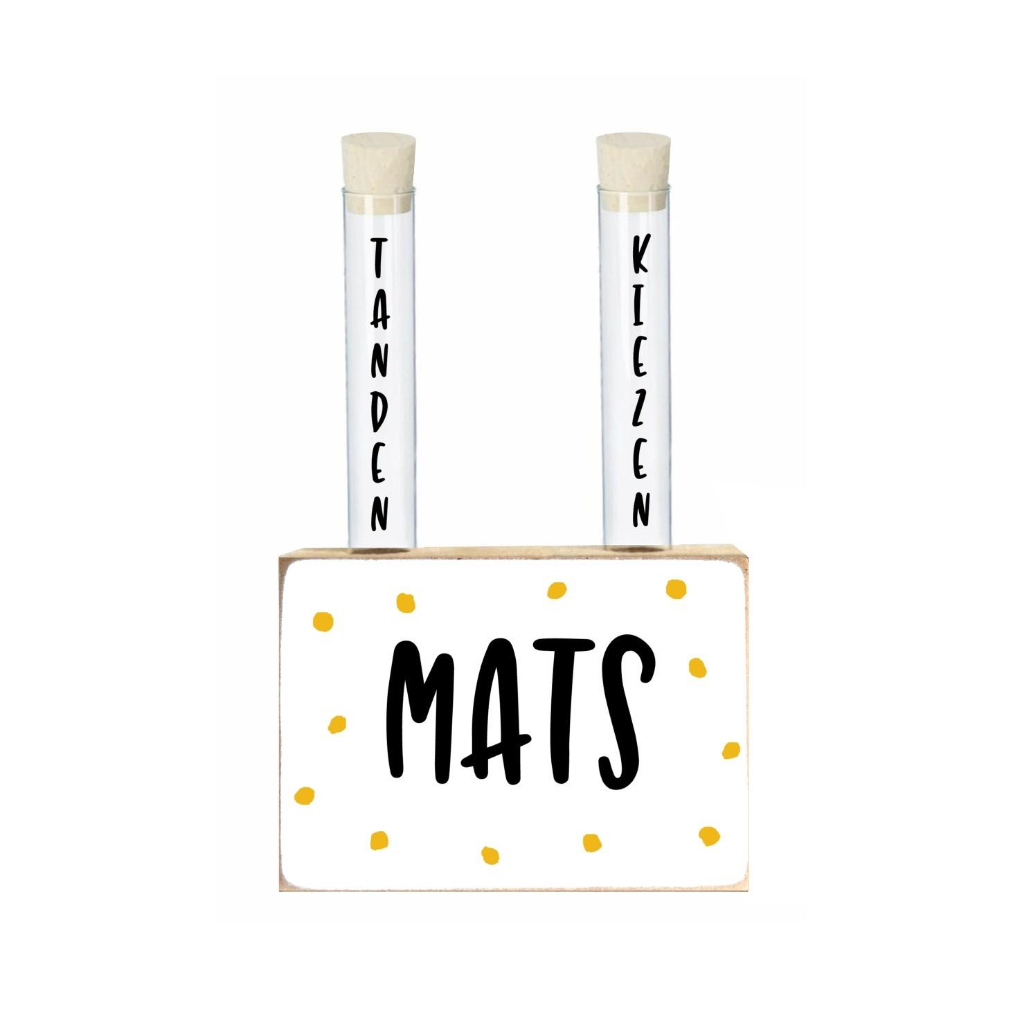 Houten blok met buisjes voor melktanden, -kiezen Mats