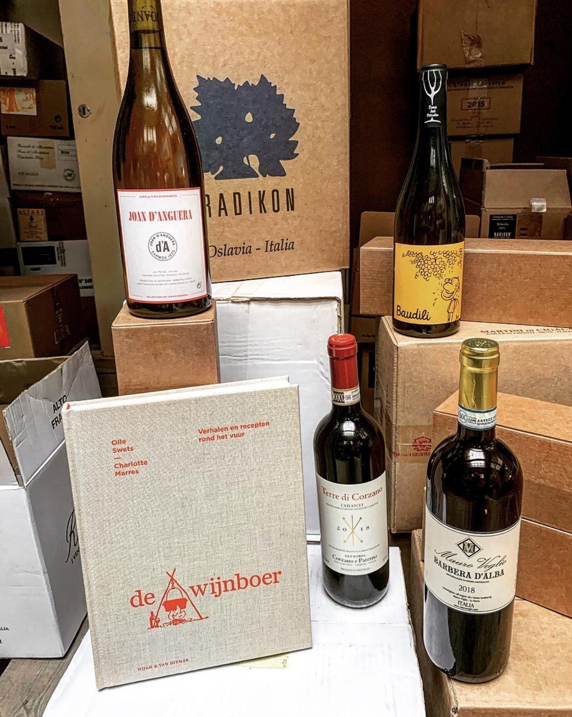 Het boek De Wijnboer met bijpassende wijnen-1
