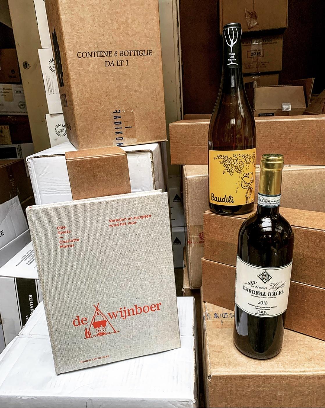 De Wijnboer met 2 bijpassende wijnen-1