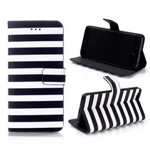 Zwart / witte strepen Bookcase hoes iPhone 6(s) Plus
