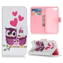 Uil Familie Bookcase Hoesje iPhone 7