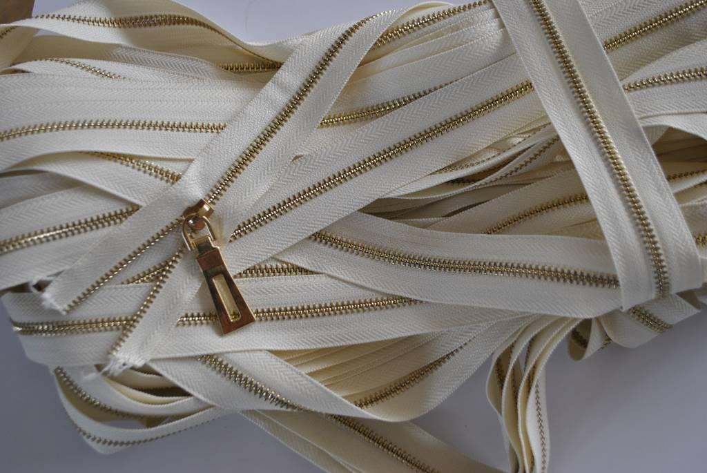 Rits kleur: beige metalen tanden , goudkleurig cat 5  Prijs per meter