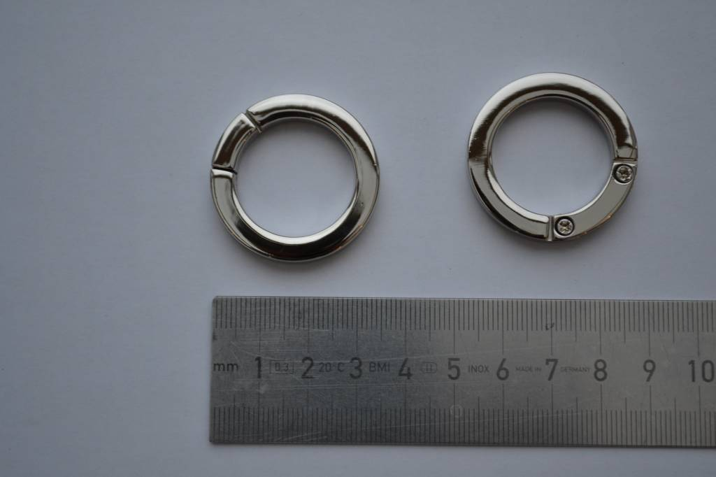 R45 Ring zilver 25mm open