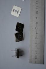 vierkante magneetknopen 18x18  zilver