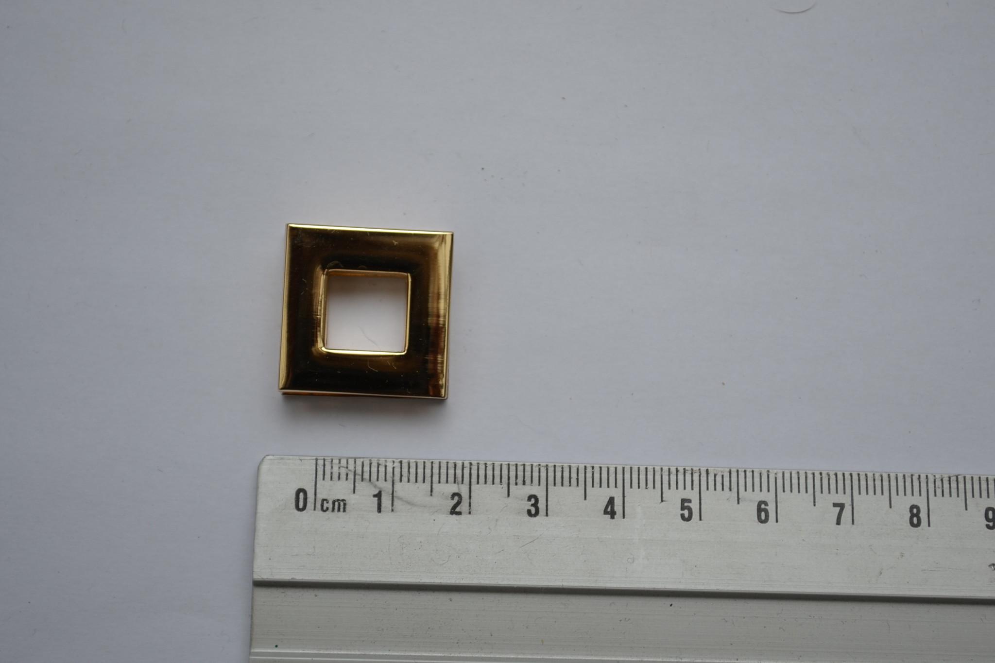 Oog vierkant goud 10mm