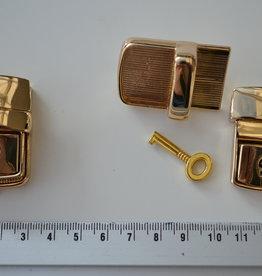TUC14  Tuc sluiting goud 42x28mm