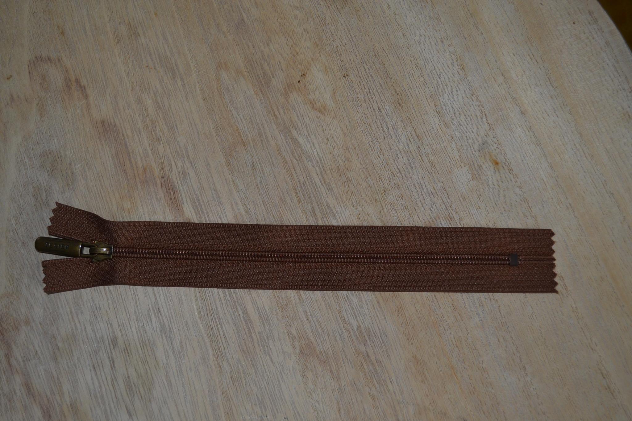 Nylon rits 20cm Middenbruin