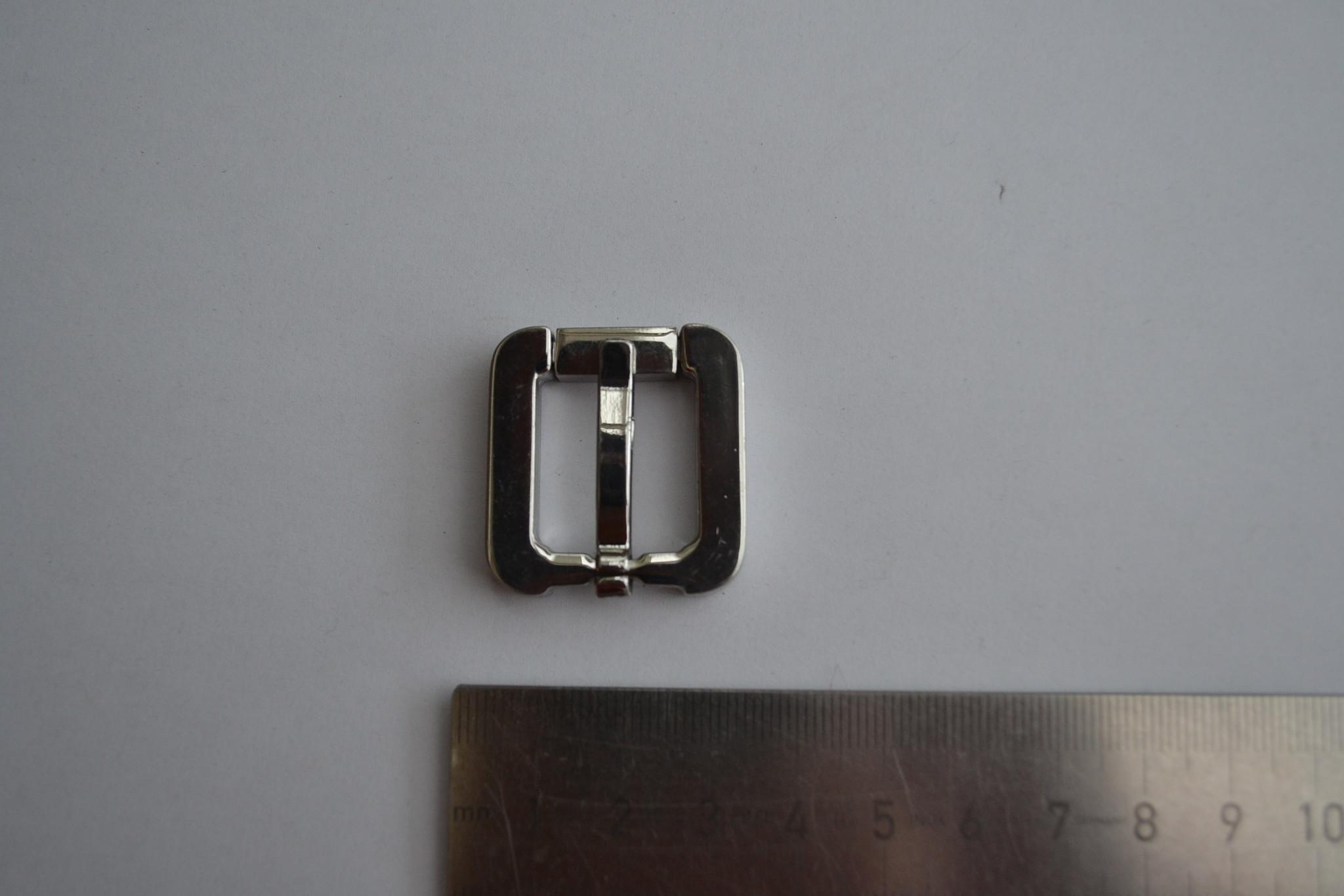 BU21 Gesp zilver 17mm