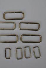 LOT R5 9 rechthoekige ringen zilver