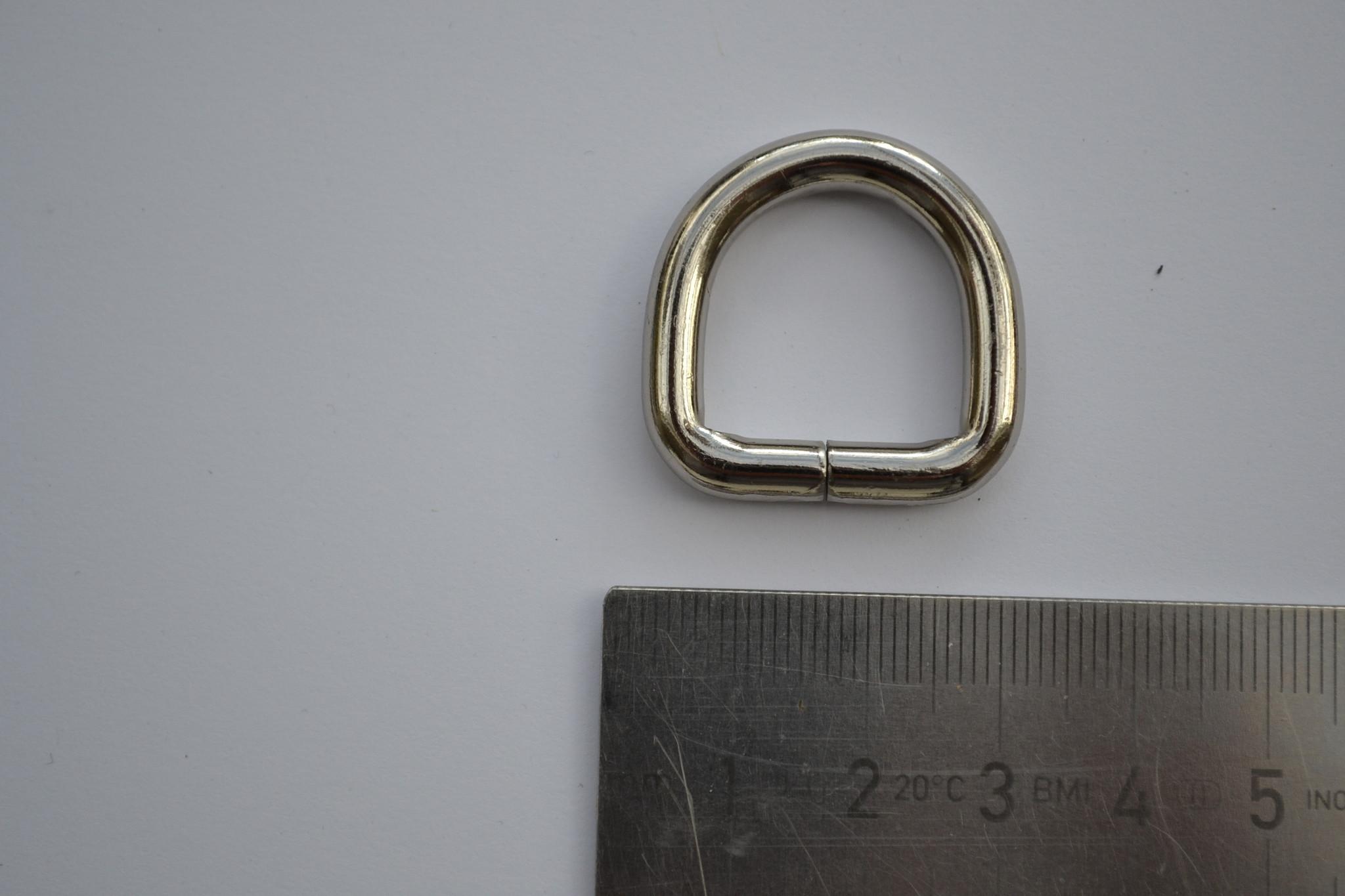 R68 D ring  zilver 20mm