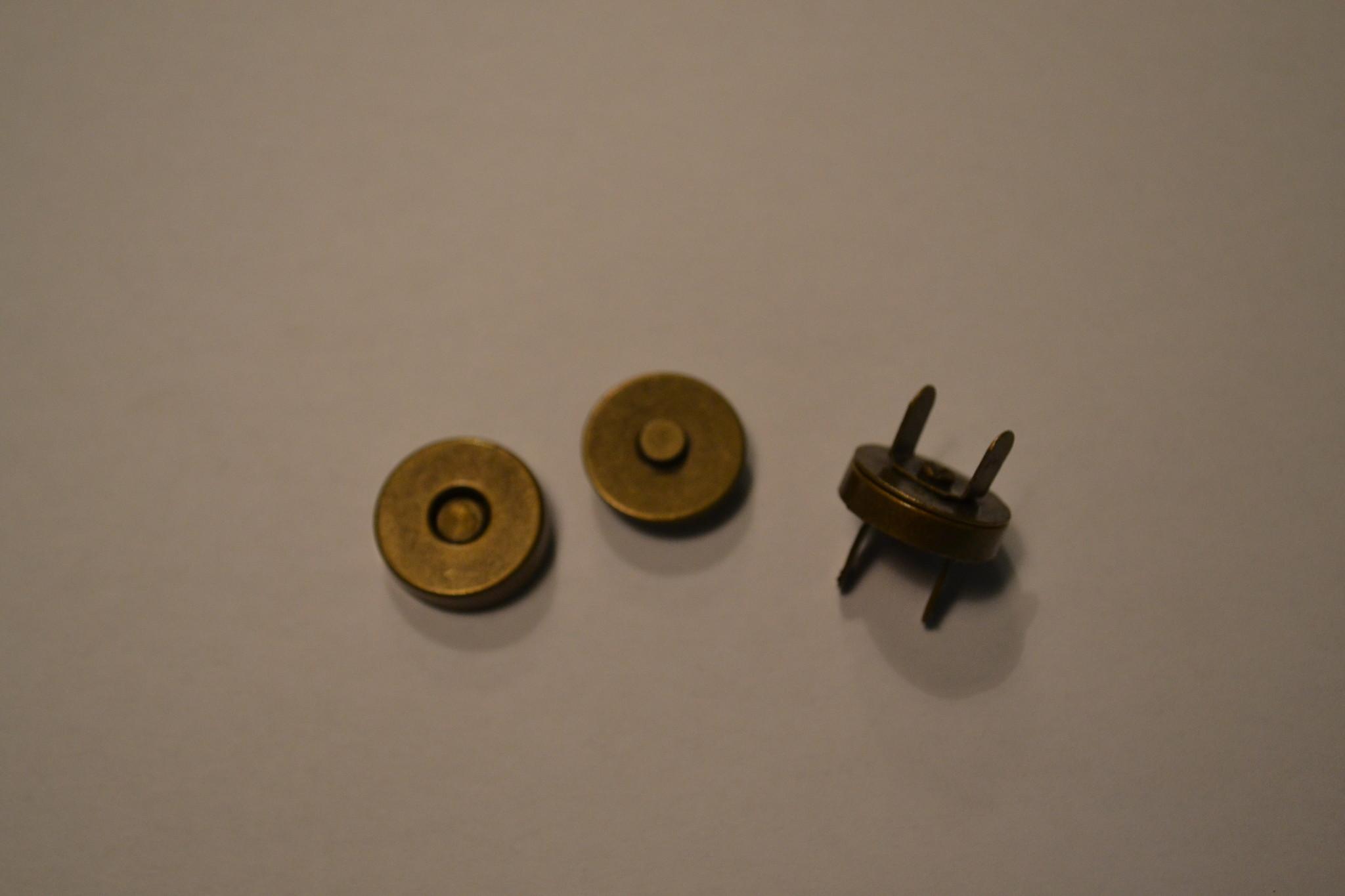 MA6 Ronde magneet 18mm dikte 0.5mm brons
