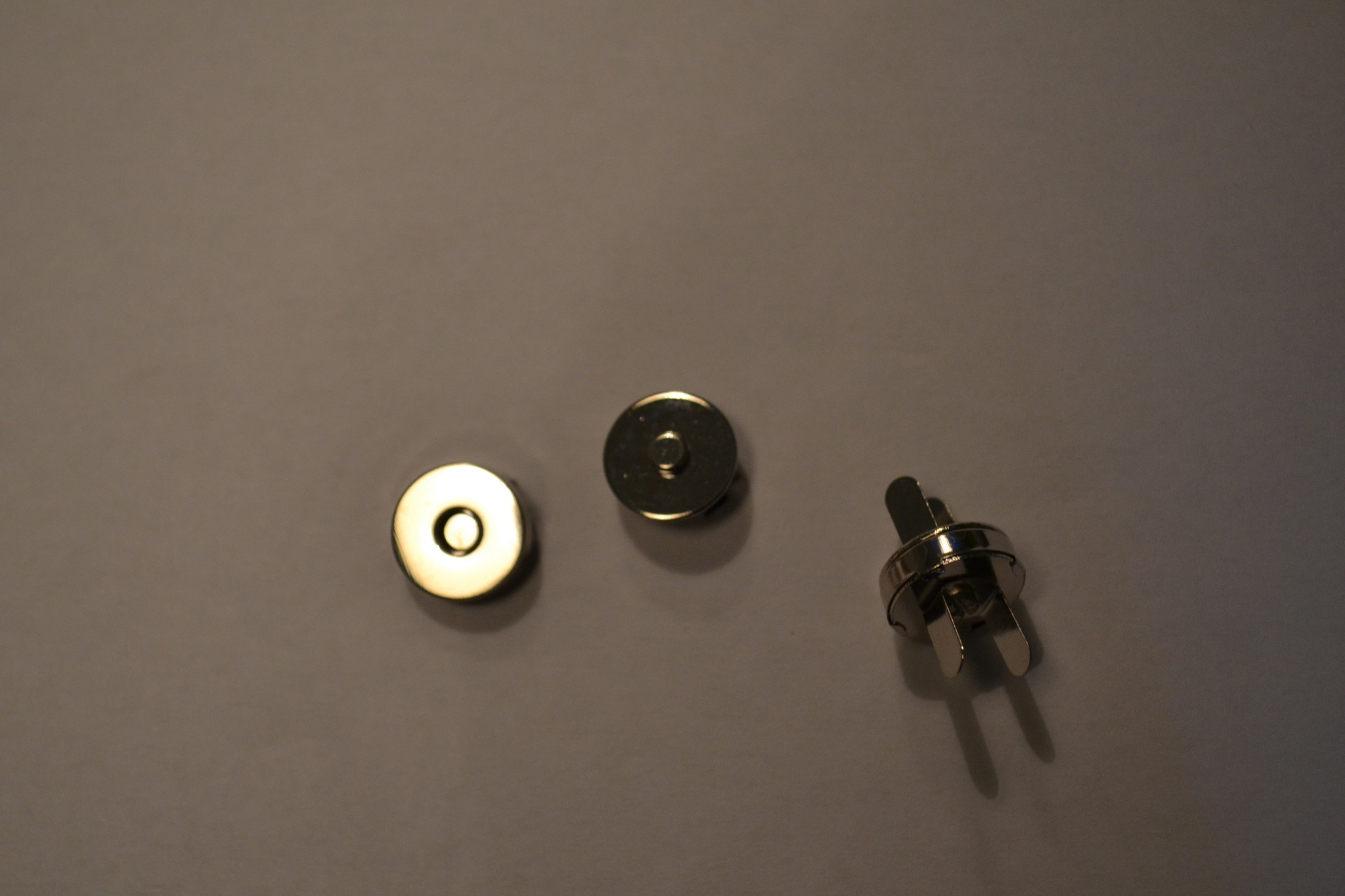 MA15 Ronde magneet 14mm dikte 0.5mm zilver