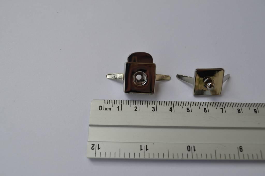 Kliksluiting vierkant zilver