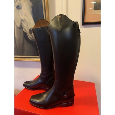 Petrie Zipper Boots (at the back) 25% discount Z003-5.5 Petrie Leeds  black rindleather with an elastic section  UK 5.5 44-36 N