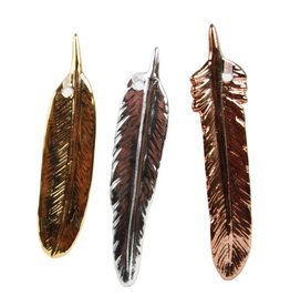 &Klevering 3 Shiny Porcelain feathers