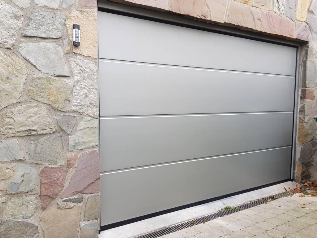 Sectionale garagepoort bouwpakket met marantec motor