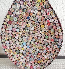 Ausgefallene bunte ovale Vase (H 43 cm) aus Recyclingpapier, handgefertigt
