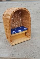 Decor Of World Süßer Strandkorb für Puppen aus Weide geflochten - mit Sitzunterlage