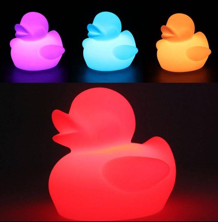 LED Ente Beleuchtung, kabellos mit Farbwechsel, Fernbedienung, Akku, 29 cm x 25 cm x 23 cm