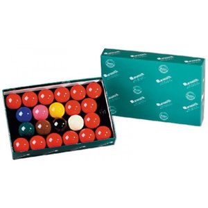 Snooker balls in pool size 57.2 mm