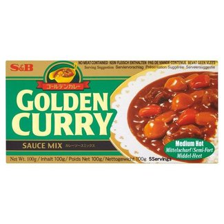 S&B Golden curry sauce mix medium hot 92g