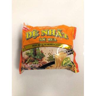 De Nhat - mi gia - beef ball & herb flavour noodlesoup