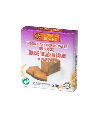 Flower Brand Shrimp paste in block - Trassie Bakar 25g