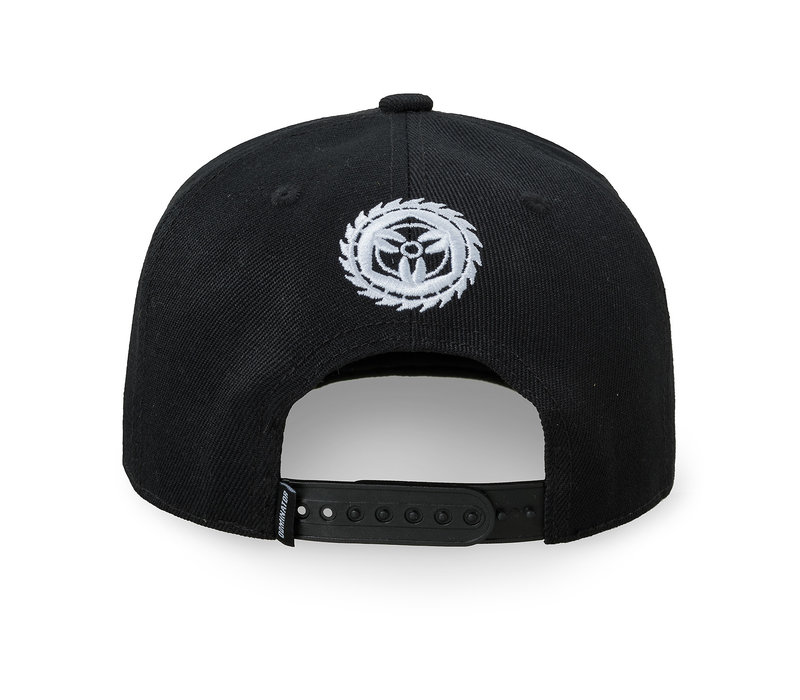 Dominator snapback black/white