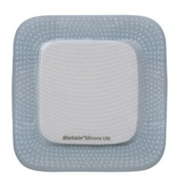 Coloplast Biatain® Silicone Lite avec une adhérence toute en douceur  - par pièce