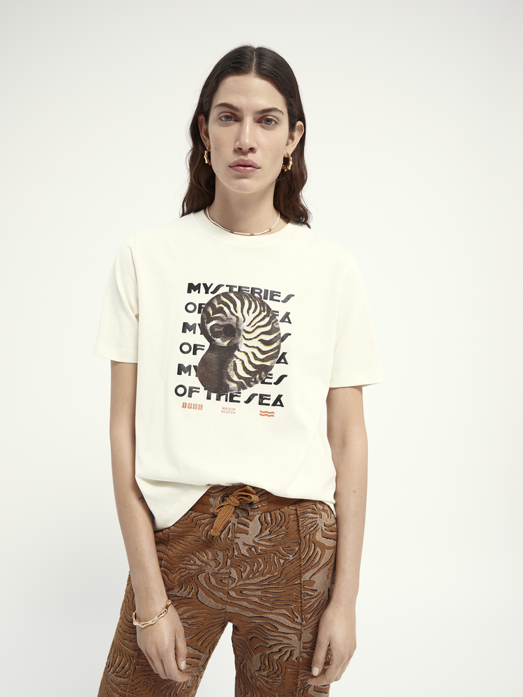 Scotch & Soda 161713 0001 Scotch & Soda Boxy fit short sleeve tee with graphic Off White White