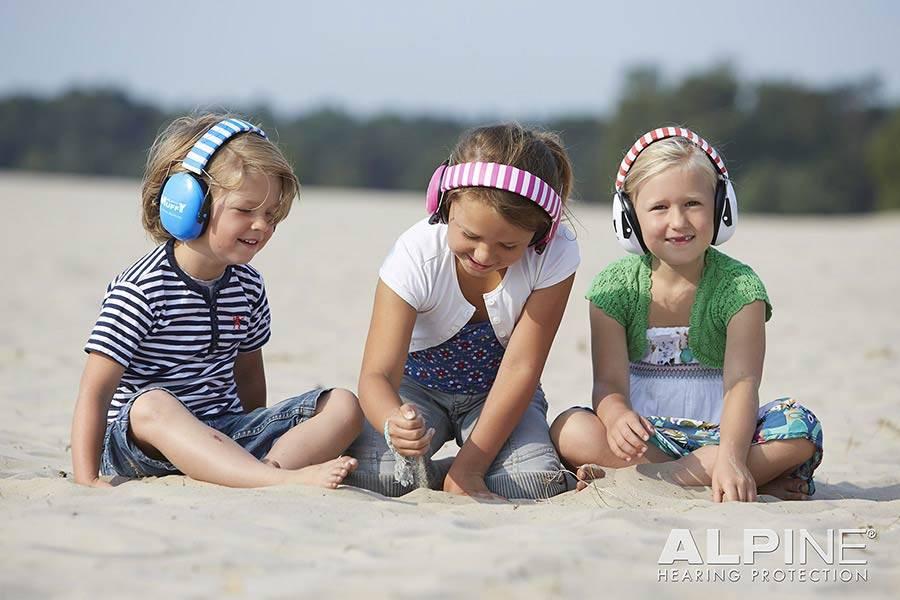 Alpine Muffy Kids white earmuffs