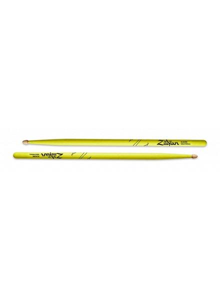 Zildjian Z5AACDGY Drumsticks, Hickory Wood Tip 5A Acorn, neon yellow
