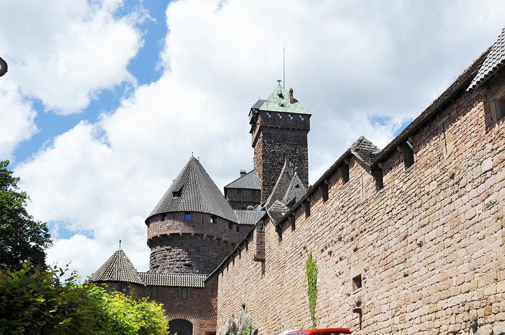 Sabine Welz im Chateau du Haut Koenigsbourg