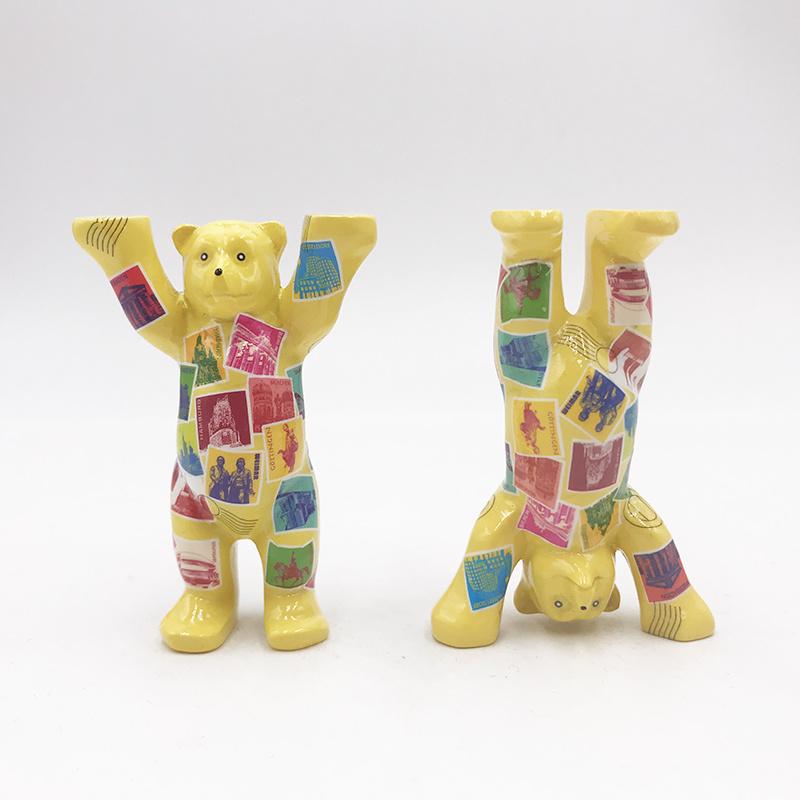 ART-DOMINO® by SABINE WELZ Buddy Bear avec des motifs allemands - 6 cm