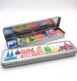 ART-DOMINO® BY SABINE WELZ Chocolat aux motifs d'Allemagne dans une boîte métallique