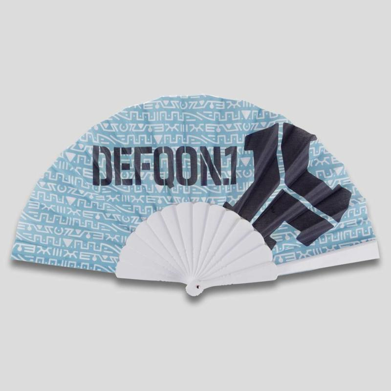 DEFQON.1 HANDFAN LIGHT BLUE PATTERN