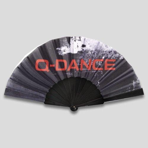 Q-dance handfan black grunge