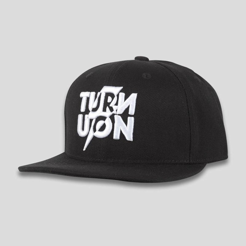 Q-dance turn you on snapback black