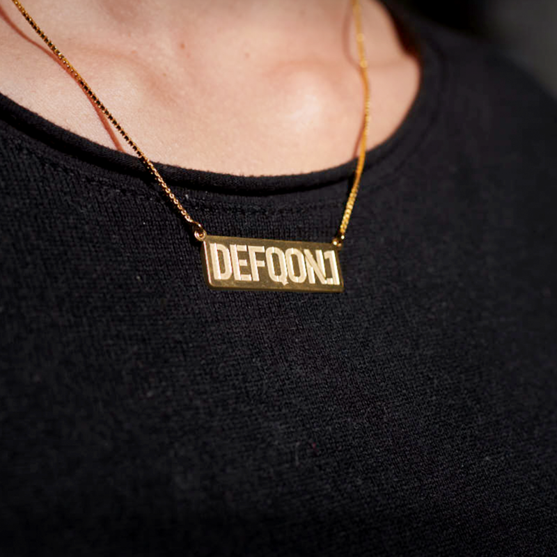 Defqon.1 golden bar necklace