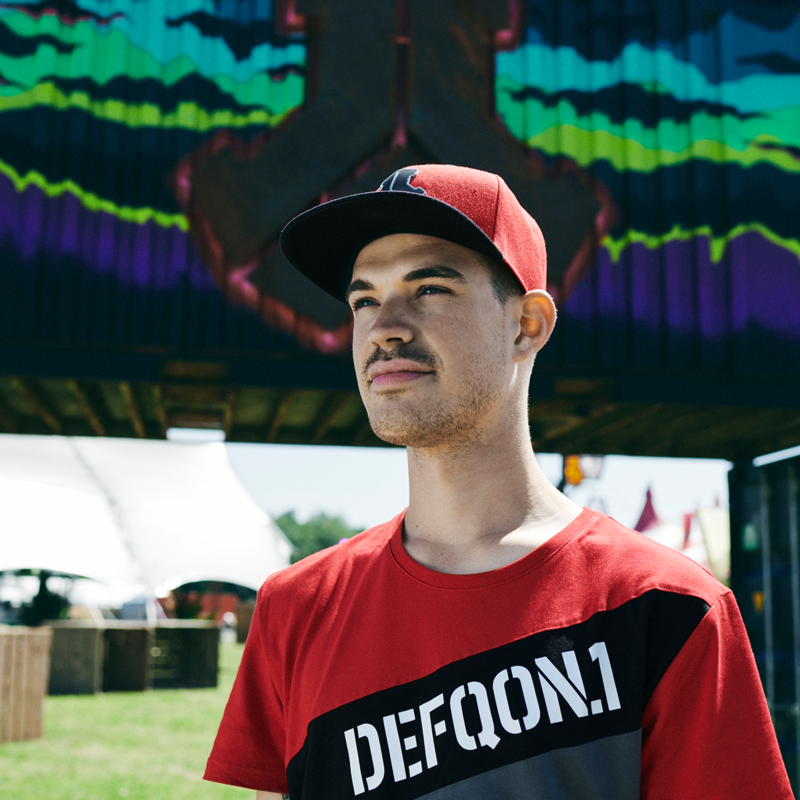 Defqon.1 t-shirt red/grey