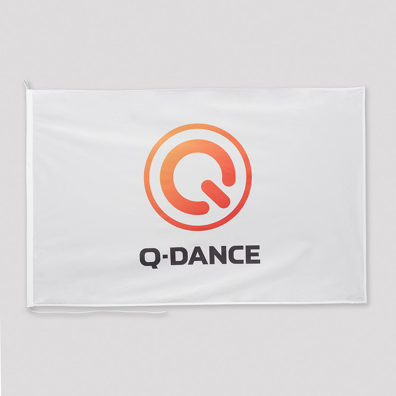 Q-Dance flag white