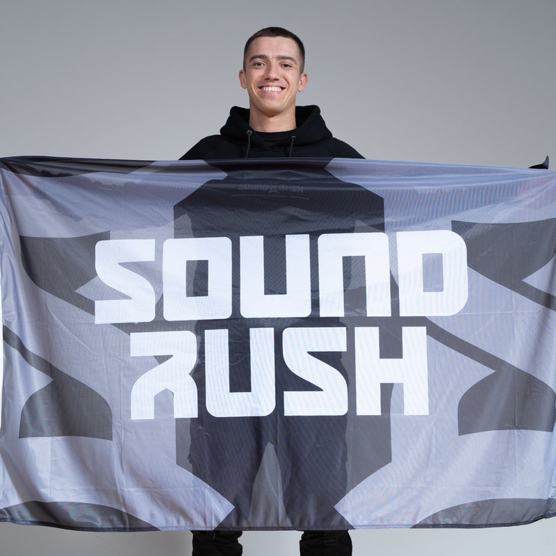 Sound Rush Flag black/white