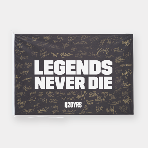 Q20YRS Legends flag