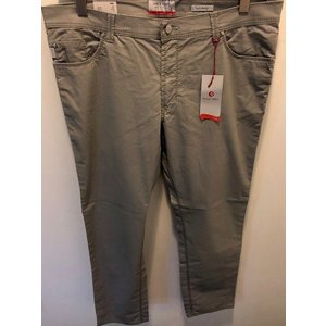 Pioneer 5114/82 size 33